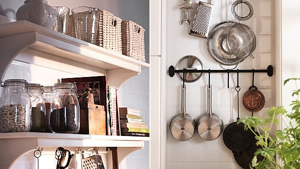 Small kitchen that's well-organized